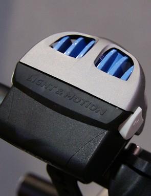 Like the Seca, the Vega includes an integrated heatsink