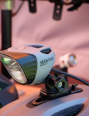 Light & Motion has upped the maximum lumen output on its two-model Seca line from 1,500 and 2,000 in 2015 to 1,800 and 2,200 lumens for 2016