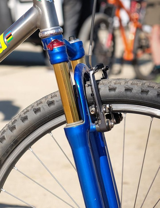 That's not Kashima. Most RockShox SIDs with the gold titanium nitride coating on the stanchions quickly lost their luster. This owner kept his in excellent condition by frequently replacing the wiper seals
