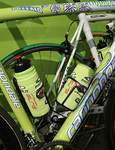 Pozzato's bottles wore fabric covers… perhaps for a better grip?