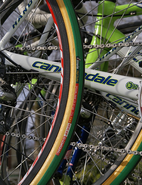 Even the spare used carbon tubular rims, although these were decidedly shallower