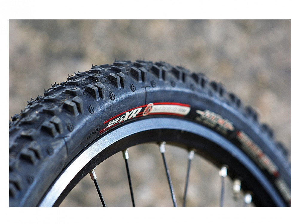 Good dry condition tyres