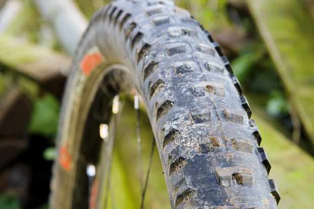 Impressively puncture resistant summer XC rubber