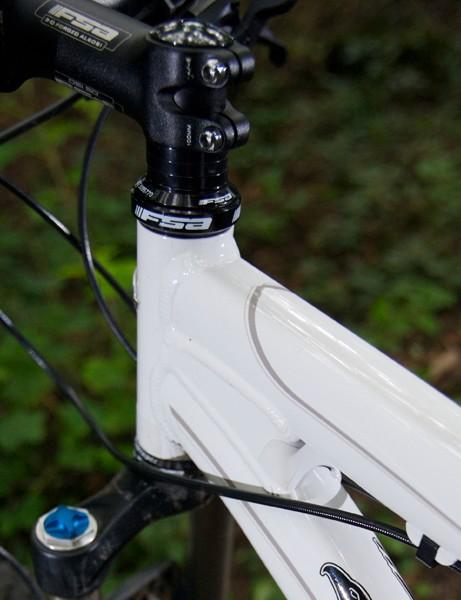 Frame uses thin walled hydroformed 6061 aluminium tubes