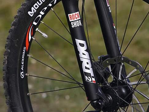New RockShox Dart 2 fork is the best on offer on sub-£500 bikes
