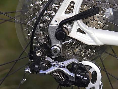 The XT rear mech is backed up by 27 speed Deore elsewhere