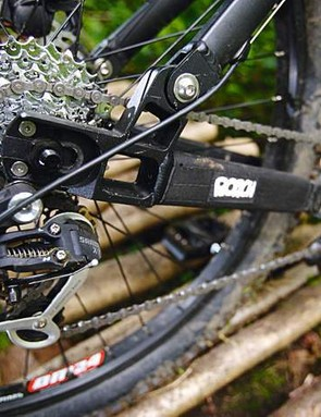 Sliding dropouts allow chain adjustment to accommodate a single sprocket