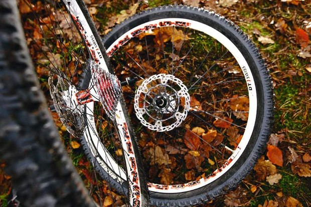 DT EX1750 N'Duro Wheels