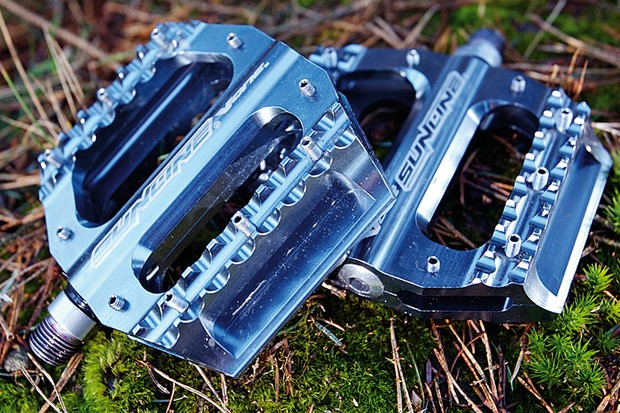 Sunline V-One Pedals