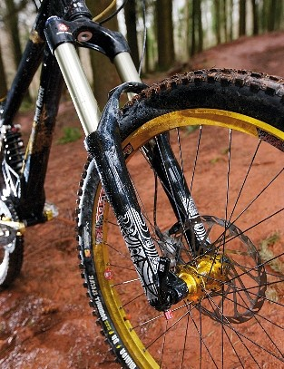 RockShox Totem Solo Air fork would be better with a coil spring