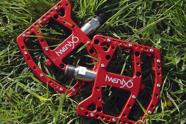 Twenty6 6Foe pedals