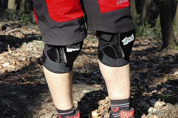 TSG TP Soft Knee Pads