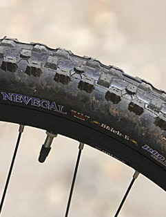The John Tomac signature Kenda Nevegal treads are excellent