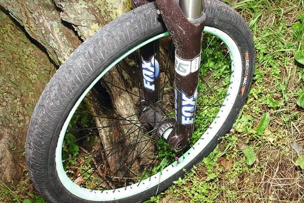 KHE Mac2 Tyres