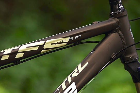A frame built strong enough to take some abuse in its stride makes for a confidence-inspiring ride in the rough