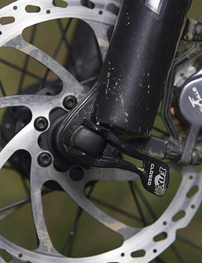 The new Fox/Shimano co-developed 15QR screw-through axle standard definitely adds stiffness over the 9mm QR forks.