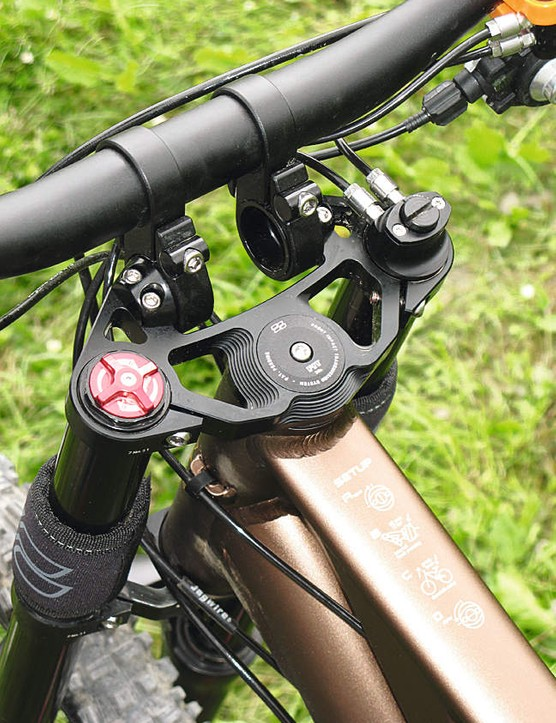The adjustable stem may give some riders cause for concern