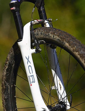 Suntour's coil sprung XCR fork is a decent budget performer, but there's no rebound damping adjustment