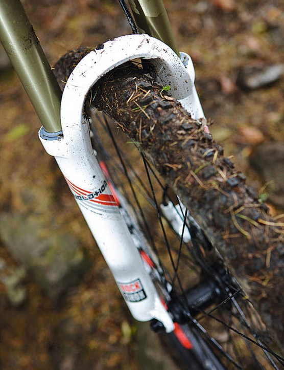 New Lyrik forks are great, but lack a through-axle