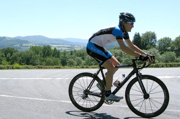 Martyn pedals his Storck en route to Montlucon
