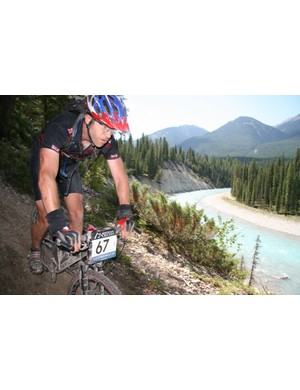 Mark Beaman of the rifles shows how the British army rides singletrack