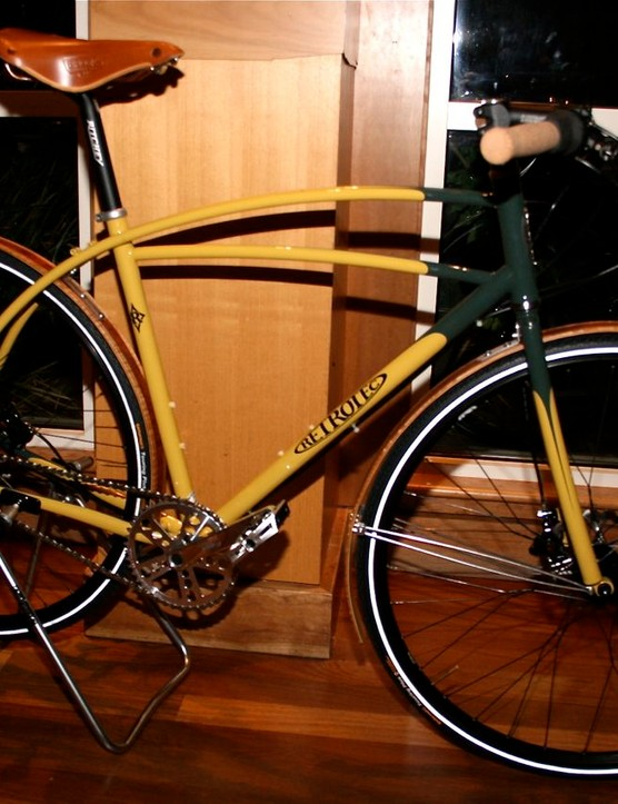 Matt Fritzinger's custom RetroTec urban bike, made in Napa, California by Curtis Inglis.