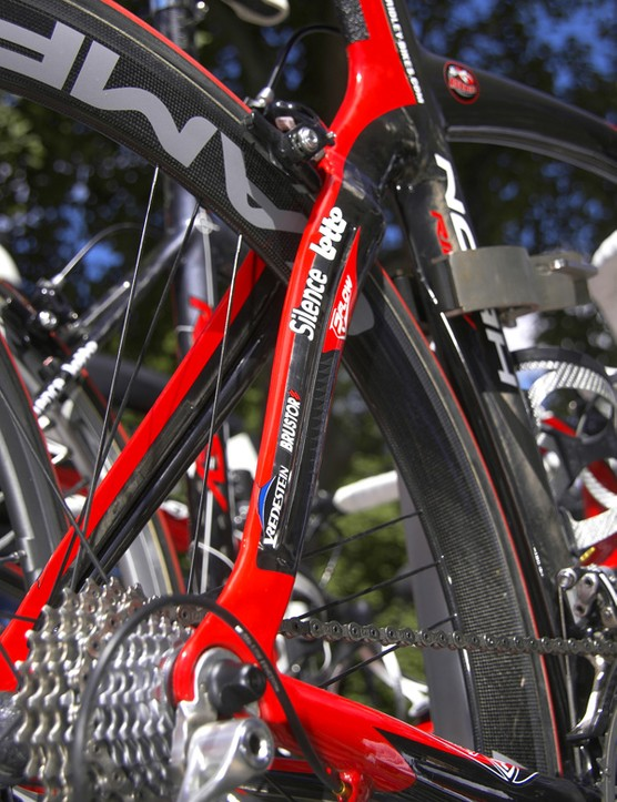 Ridley integrates Oval Concepts' JetStream technology into the seat stays…