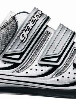 G.Opal road shoe