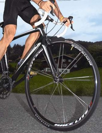 The new frame's rigidity comes to the fore when you sprint it.