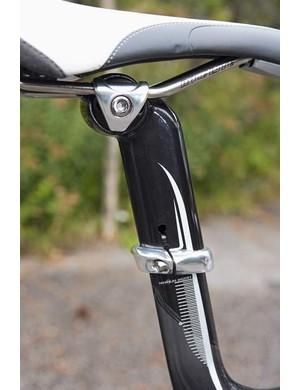 Very slick extended seat tube & Bontrager post