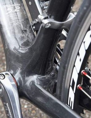Huge  wide new bottom bracket shell contributes to the Madone's extreme beef