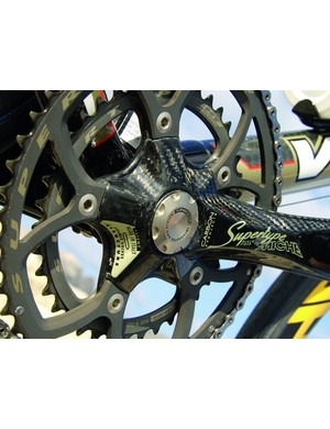 The excellent Miche Supertype crankset sports a gold paintjob