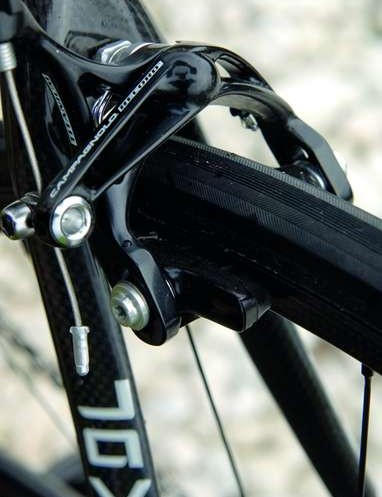 The flexy brakes worked well with the carbon rims