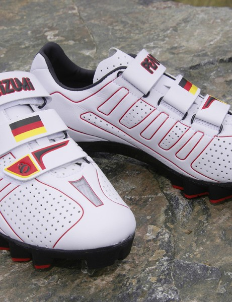 Pearl Izumi has outfitted Sabine Spitz and Moritz Milatz  of the German national mountain bike team with custom-made ultralight shoes for the Olympics.