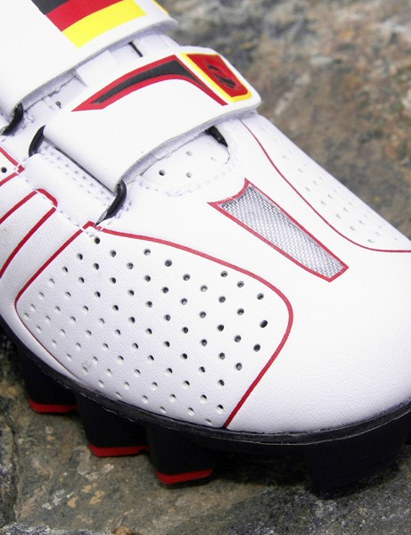 The welded-in vent and perforated upper material will help keep riders' feet cool.