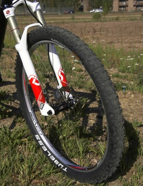 The Specialized Roval Contrôle XC Race Disc wheelset was fast and light though not particularly rigid