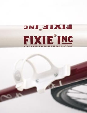 Fixie Inc Pure Blood top tube and high-position bottle cage