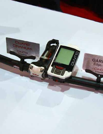 The Cinqo power meter can be used with Quarq's own Qranium heador with the iBike Aero or Garmin Edge 705 computers.