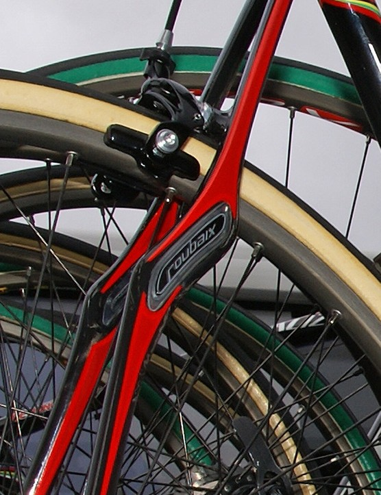 The new seat stay assembly includes a slightly less radical shape and elongated Zertz inserts.