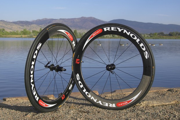 Reynolds Cycling's SDV66 T combines slippery aerodynamics and a surprisingly low weight.