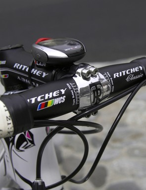 Cockpit components are decidedly traditional and consist of a Ritchey WCS 4Axis stem and WCS Classic bar, both in aluminum.