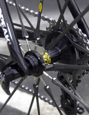 …but the rear wheel can still be trued via short threaded sections at the hub.