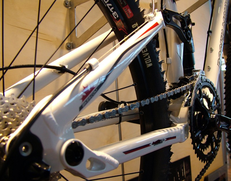 Rocky Mountain claims the Altitude's suspension design doesn't infringe on Specialized's Horst Link patent but we're not so sure.