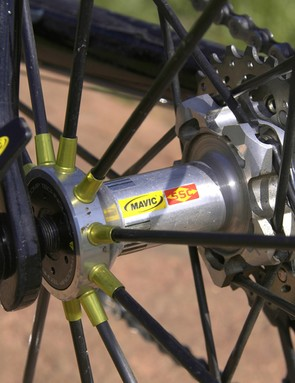 The rear hub uses carbon spokes on the non-drive side but bladed aluminium spokes on the driveside