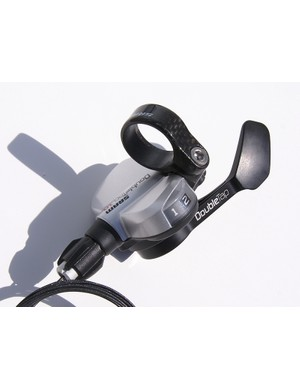 Flat bar road shifters  use DoubleTap single lever actuation.  The 10 speed version has carbon parts