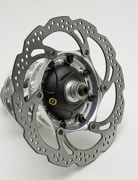 The slickly designed proprietary 160mm rotor attaches to the oversized shell using eight bolts