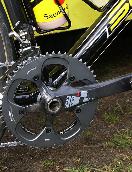 …Red crankset (although some of the bigger guys ran Rival)…
