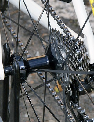 Carbon tubular rims are laced  to aluminum hubs with stainless steel spokes and standard nipples.