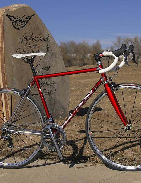 Schwinn celebrates the 70th anniversaryof its upper-end Paramount nameplate with a limited edition model made of Reynolds 953 stainless steel tubing.