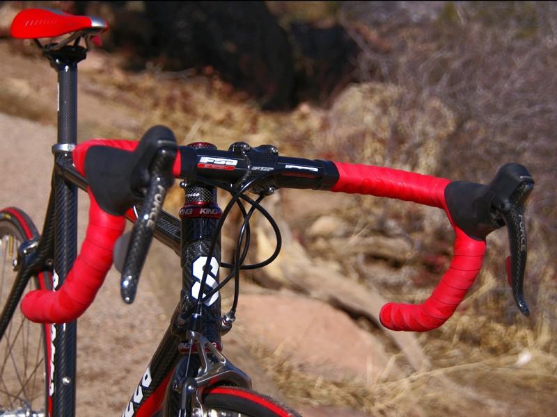 FSA's aluminum Energy handlebars are a popular choice in the pro peloton.